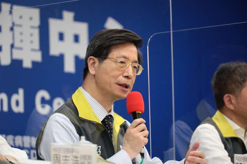 中央流行疫情指揮中心專家諮詢小組召集人張上淳(見圖)認為,案838在插管環節感染新冠肺炎的可能性很低。(資料照,中央流行疫情指揮中心提供)