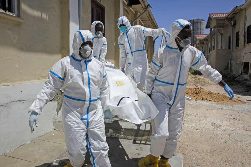 若非洲新冠肺炎疫情持續增溫,對當地醫療體系將是嚴峻考驗。(美聯社)