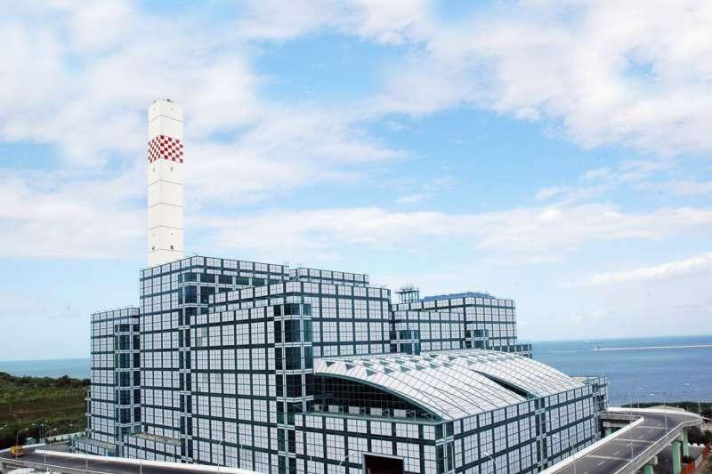 新北八里焚化廠。(圖/行政院環保署提供)