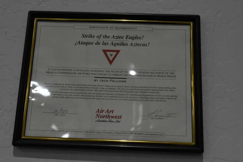 外號「阿茲塔克之鷹」的美國陸軍航空軍第201中隊,是由墨西哥空軍的飛行員所組成,象徵的不只是拉丁裔美國人的奮鬥史,同時還證明了二戰末期轟炸台灣的國家包含墨西哥。(許劍虹提供)