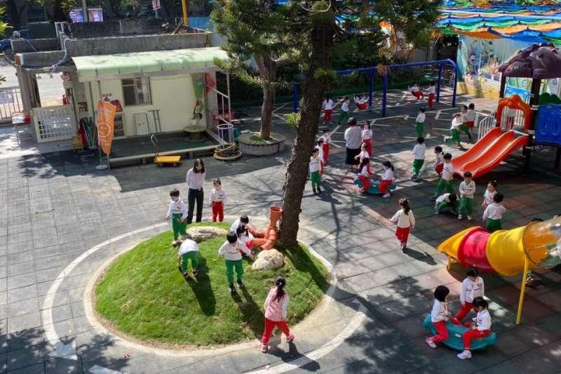 高雄市政府增加幼兒園名額,減輕家長育兒負擔。(圖/高雄市政府教育局提供)