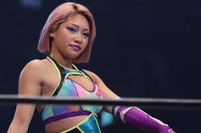 曾參加實境秀「雙層公寓」的日本摔角選手木村花自殺身亡,震驚了日本社會。(翻攝網路)