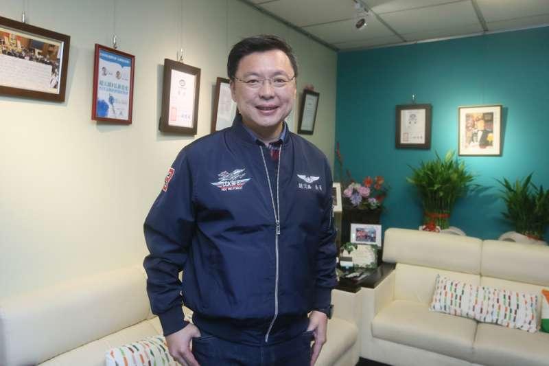 趙天麟成功拿下高雄市黨部主委一職。(柯承惠攝)