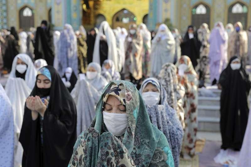經過人權支持者的長期倡議,伊朗歧視女性的國籍法終於獲更改。(AP)