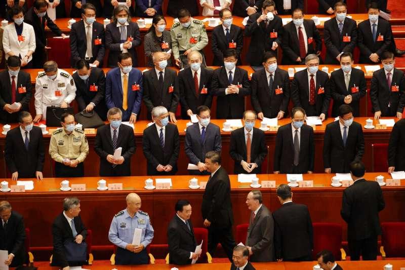 中國人大28日以壓倒性多數通過港版國安法。(美聯社)
