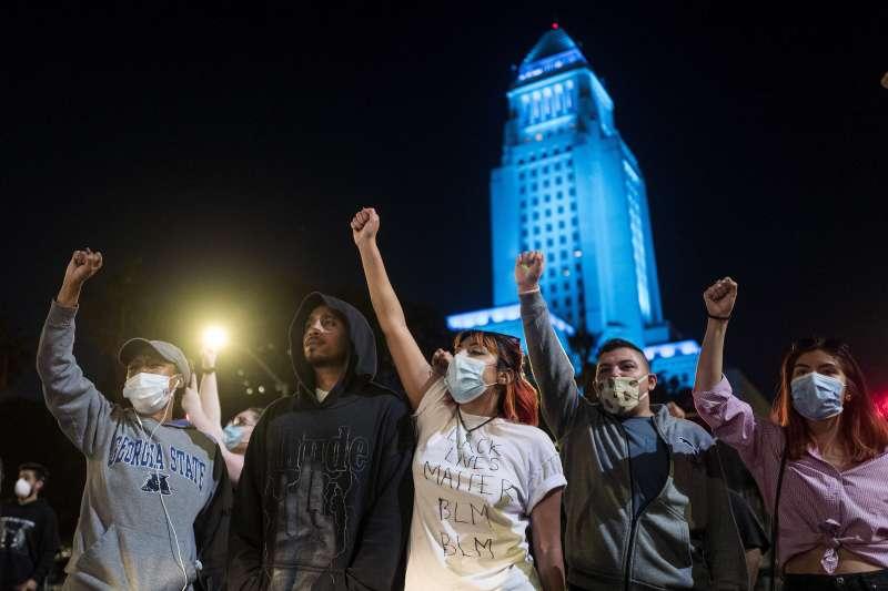 佛洛伊德案:洛杉磯民眾示威(AP)