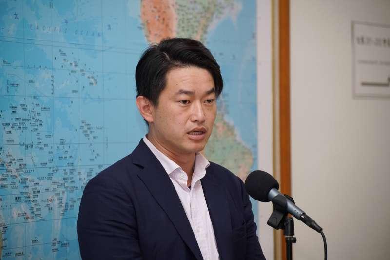 20200528-立委陳柏惟28日於立法院受訪。(盧逸峰攝)