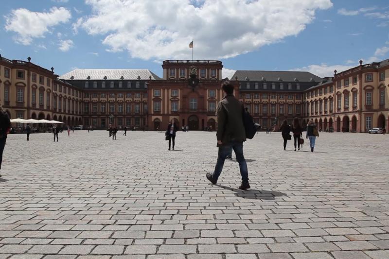德國MBA有很多意想不到的好處,想念MBA的人千萬不要錯過了喔!(示意圖/University of Mannheim, Business School@youtube)