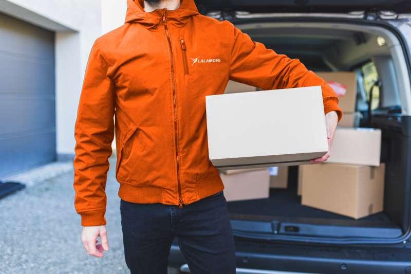 Lalamove登台滿五周年,今年更擴大四輪貨運即時媒合服務,獲企業及一般用戶好評(圖/Lalamove提供)