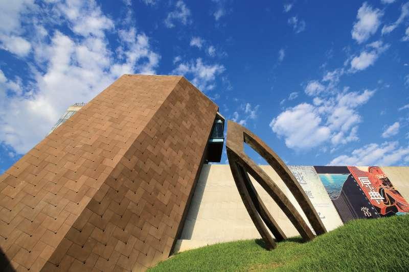 八里擁有淡水河畔與左岸公園、自行車道、十三行博物館等休閒綠地。(圖/富比士地產王提供)