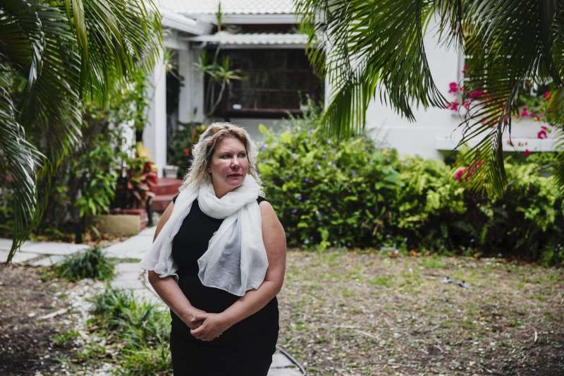 多普在她透過愛彼迎(Airbnb)出租的一處邁阿密房產。(SCOTT MCINTYRE FOR THE WALL STREET JOURNAL)