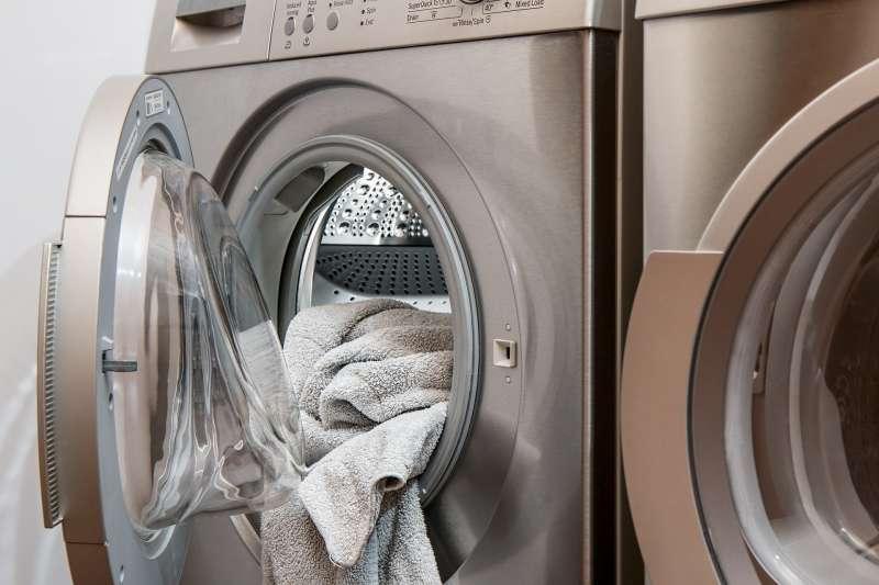 誰在乎人們是否誤以為網路的影響力大於電報或洗衣機呢?人們對最新變化的印象較為深刻又有什麼關係?(圖/pixabay)