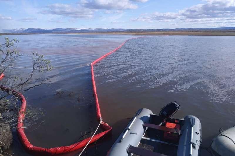 俄羅斯北極地區「諾里爾斯克-泰梅爾能源」發電廠5月29日發生嚴重漏油意外。(世界自然基金會)