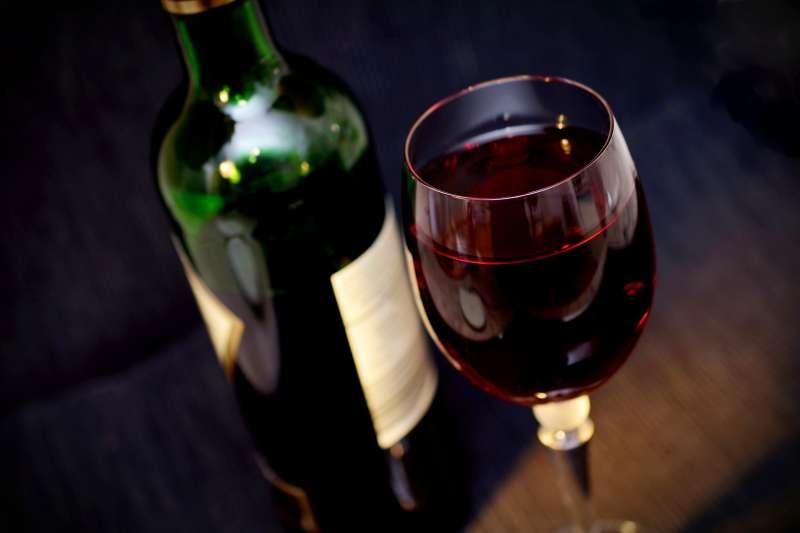 受到武漢肺炎疫情衝擊,法國葡萄酒銷量大減(取自Pixabay)