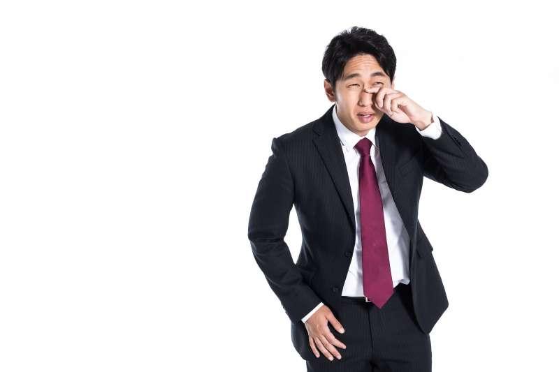 性格害羞內向的人,在職場上會比較吃虧嗎?(圖/取自pakutaso)