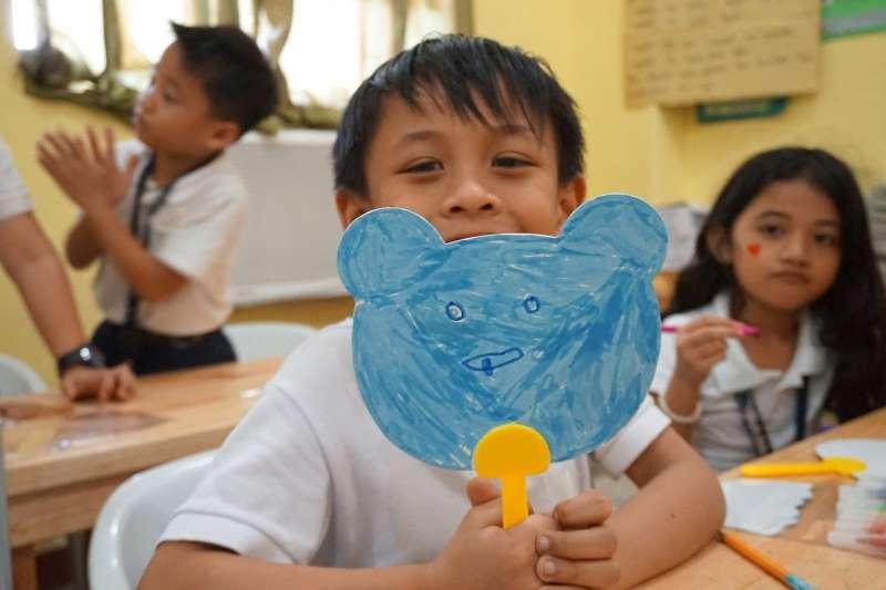 菲律賓的學童在疫苗問世前,都無法到校上課。(示意圖/pixabay)