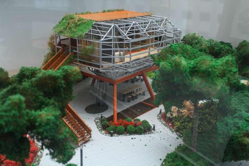 20200611-荷蘭駐台代表紀維德11日接受專訪,圖為駐台辦事處陳列的台中花博荷蘭館模型。(蔡親傑攝)