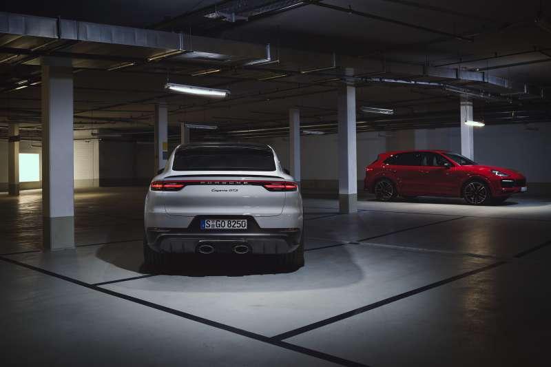 全新Cayenne GTS與Cayenne GTS Coupé搭載V8引擎全球亮相,台灣市場限定Cayenne首發版聯袂登場。(圖/台灣保時捷提供)