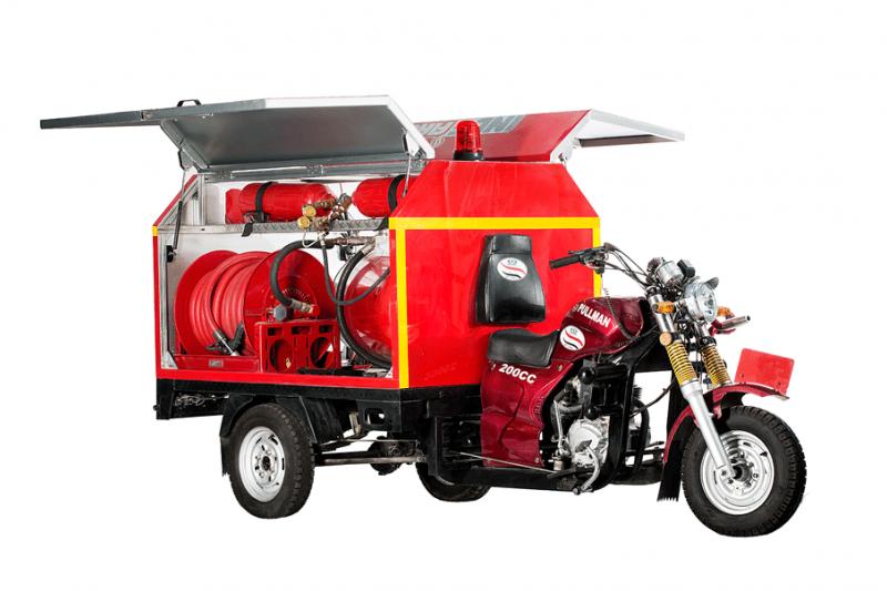 王素英三輪摩托車深耕非洲有成,以台灣製造的多元、彈性特點,為急需公共衛生體系的各國客戶找到解決方案(圖片來源:受訪者提供)