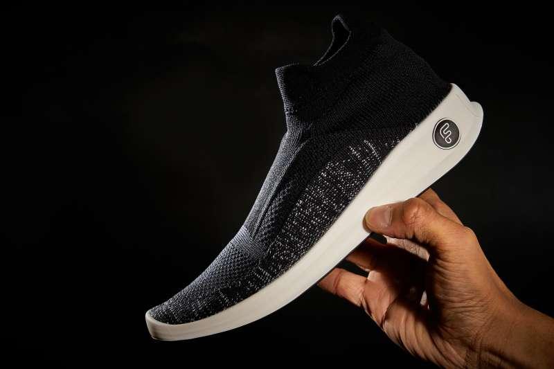 陳谷銘希望藉由Feebees襪鞋帶動傳產改變既有運作模式(圖片來源:Feebees)