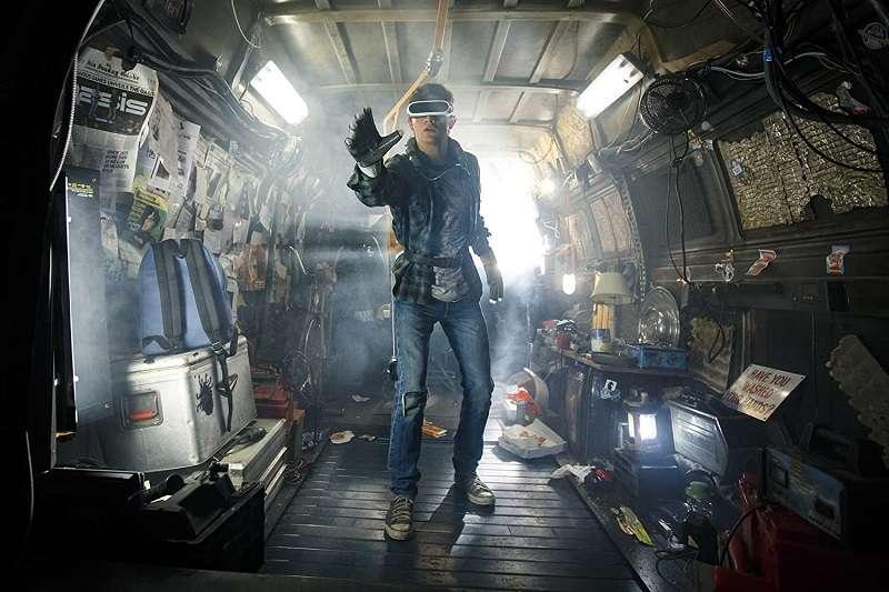 「我認為,任何電影相關產業的人看完這本書,都會想把它拍成電影。」導演Spielberg表示。(圖/imdb)