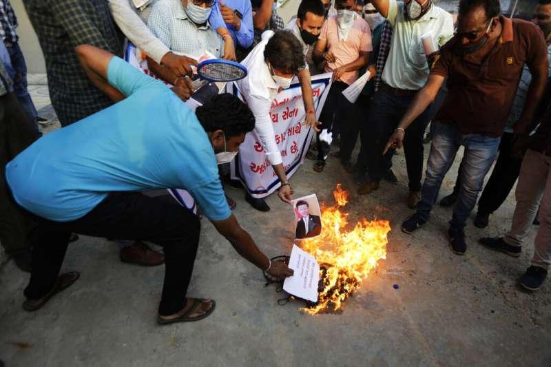 6月15日發生中印邊界嚴重衝突。印度民間仇中情緒高漲。(AP)