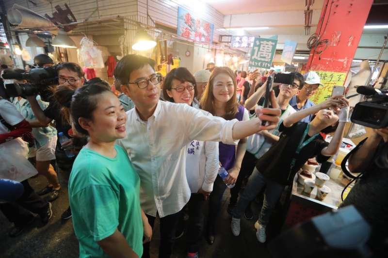 高雄市長補選,民進黨參選人陳其邁要拿回兩年前輸掉的高雄。(陳其邁競選團隊提供)