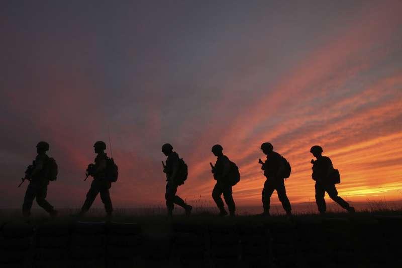 2020年6月,南北韓關係惡化,南韓延坪島的駐軍加強戒備(AP)