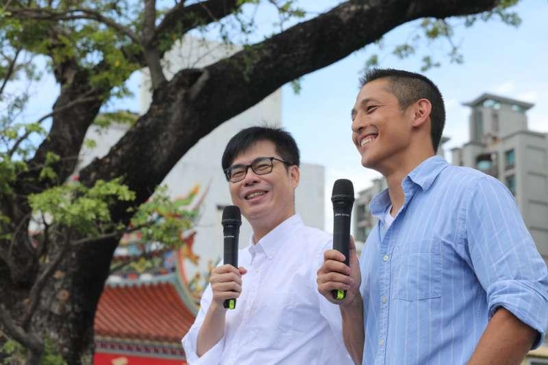 吳怡農(右)將任陳其邁(左)的國際事務顧問。(翻攝自陳其邁臉書)
