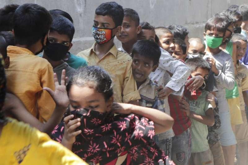 考慮到印度貧民窟的分布,社區感染在印度可能會非常嚴重。(美聯社)
