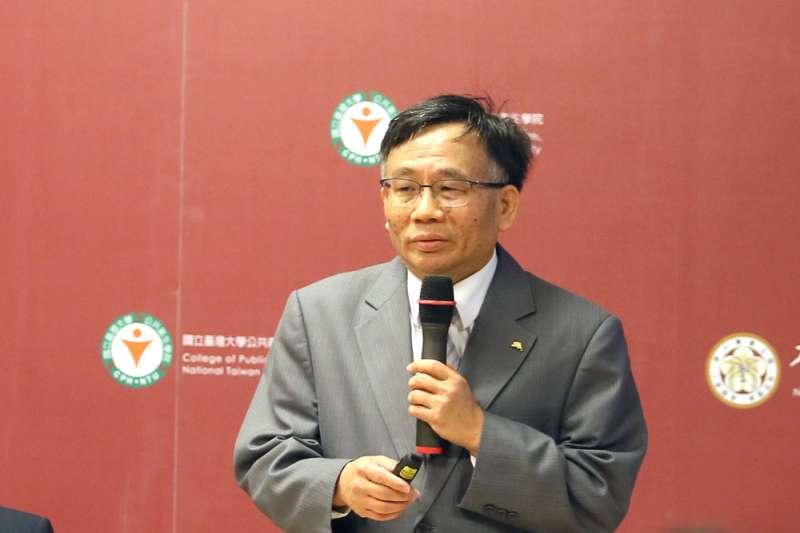 台大公衛學院前副院長陳秀熙分析4種比利時工程師感染可能路徑。(資料照,柯承惠攝)