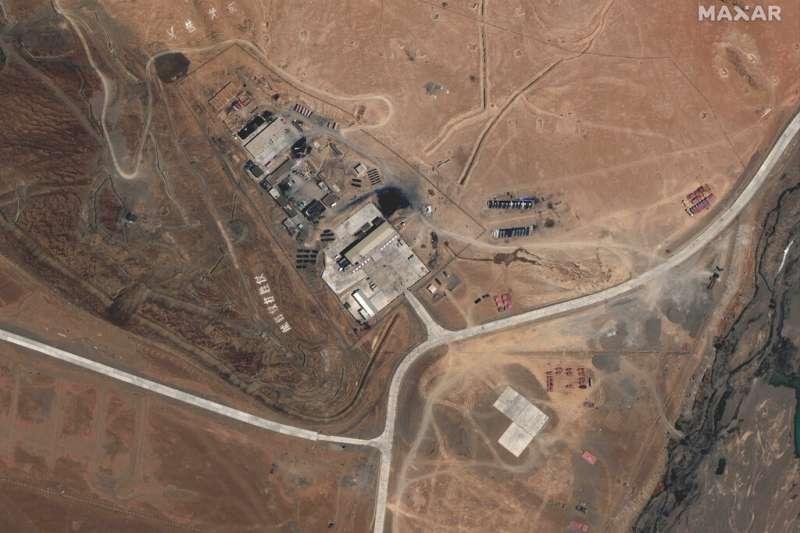 2020年5月22日的衛星照片清楚顯示解放軍在中印實際控制線附近的基地。中國與印度近來再度因為邊界爭議發生衝突,甚至造成數十人傷亡。(美聯社)