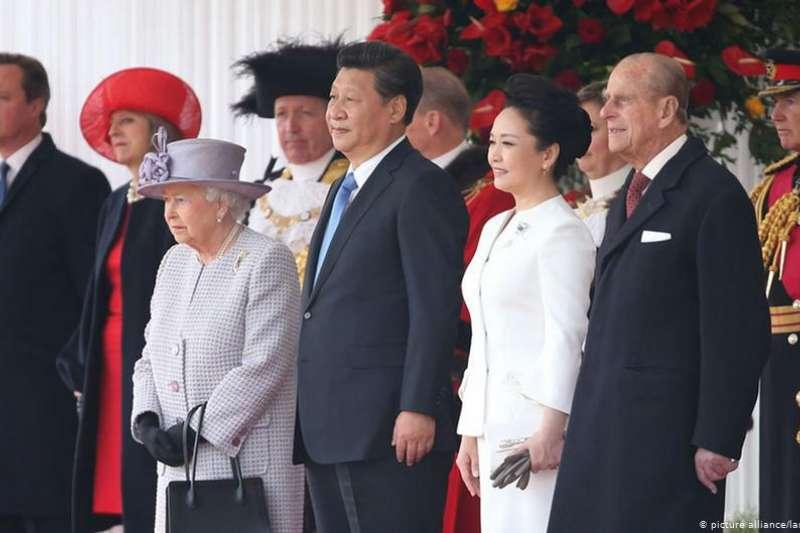 從倫敦到北京,從親密無間到相看兩厭……短短5年如何讓中英關係嚴重惡化(DW)