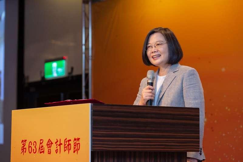 總統蔡英文(見圖)表示,因應疫情衝擊,全球資本市場環境變化,希望台灣有一天會成為這區域IPO首選。(總統府提供)