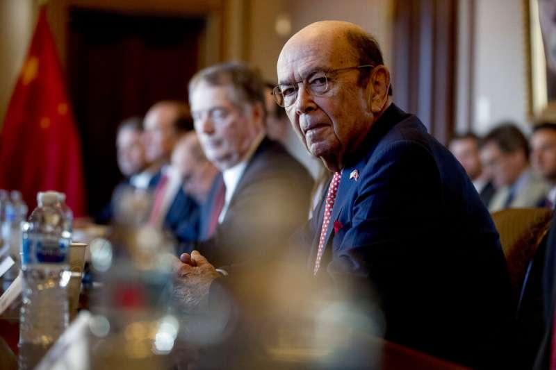 美國商務部長羅斯4月底宣布新華為禁令,影響波及全球半導體產業。(美聯社)