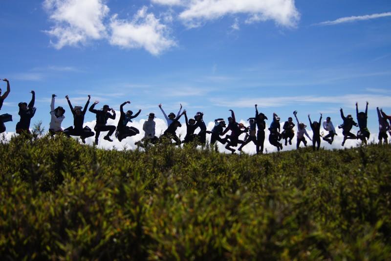 雲門舞集藝術總監鄭宗龍的新作《定光》,將於10月1日起於兩廳院國家戲劇院世界首演。(雲門基金會提供)