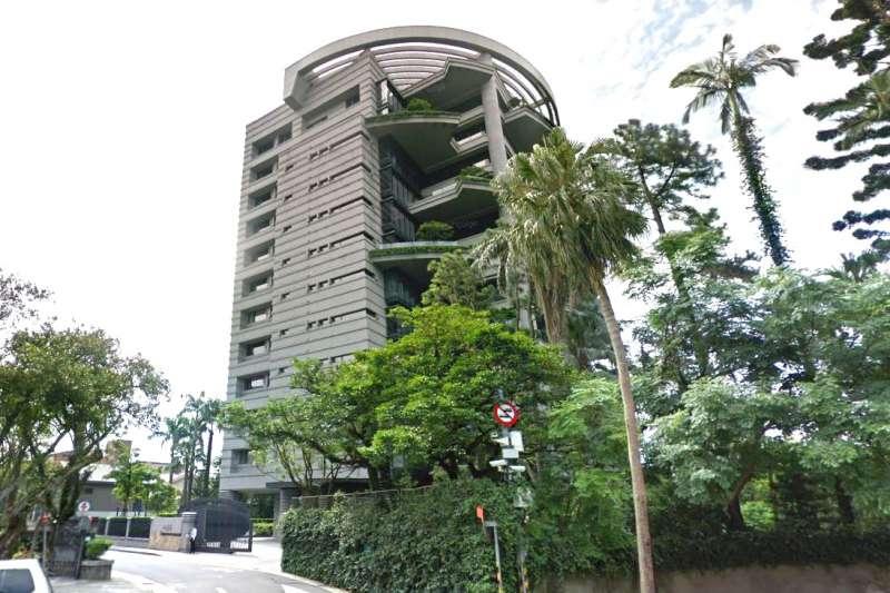 台北市中正區最高房價豪宅「松濤苑」7樓揭露一筆新交易,每坪260萬元的成交價格是今年上半年實價的最高價。(取自Google Map)