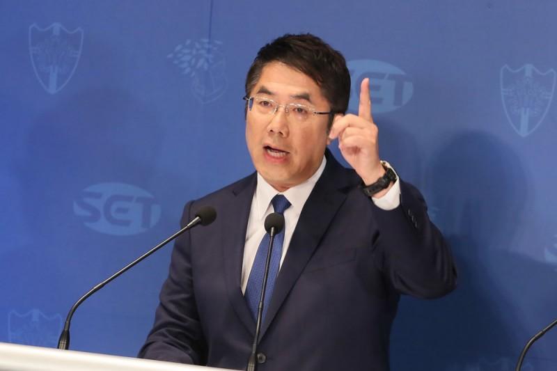 南鐵東移案強拆最後兩戶,台南市長黃偉哲的談話引發爭議。(資料照,柯承惠攝)