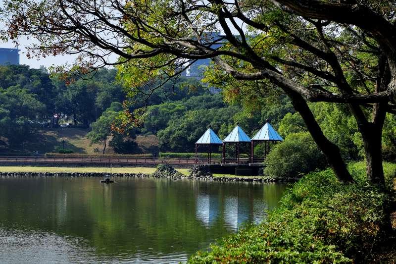 位於竹科園區內的靜心湖,是竹科人平日運動休閒的好去處。(圖/富比士地產王提供)