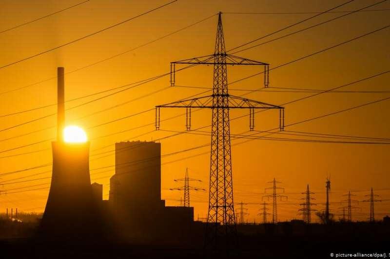 德國聯邦議院通過了針對棄煤的法案。這意味著,德國最晚2038年將不再使用煤炭能源。對於環保主義者而言,這個寬限期太長了。(DW)
