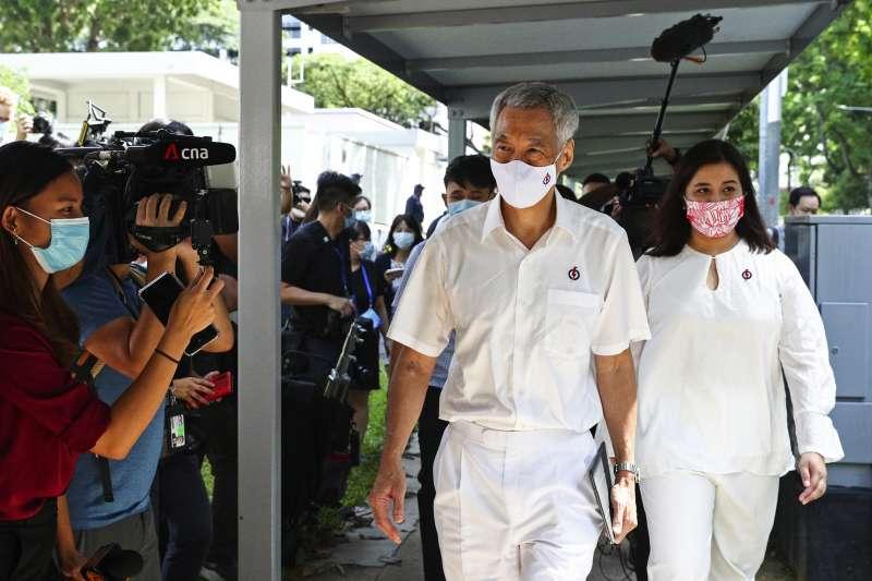 新加坡大選:執政的人民行動黨領導人、總理李顯龍(AP)