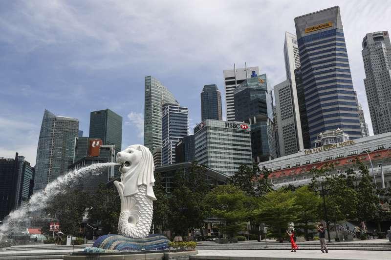 台灣民意基金會董事長游盈隆表示,近期民進黨的政治風格與新加坡人民行動黨相像。(資料照,美聯社)