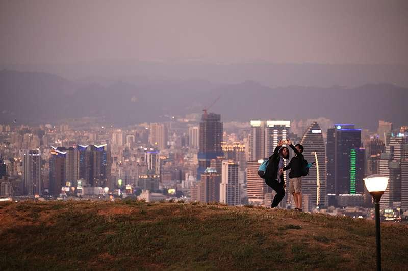 台中市除了有溫和的氣候、美麗的海景與山景,同時更有台灣各級產業,向來被視為「宜居城市」。(圖/富比士地產王提供)