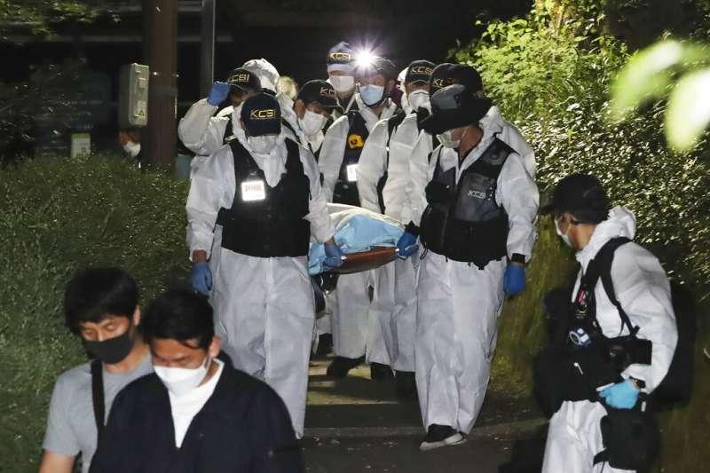 日前失蹤驚動全南韓的首爾市長朴元淳,其遺體10日凌晨零時在市區北部的北嶽山附近被發現,享年64歲。(AP)
