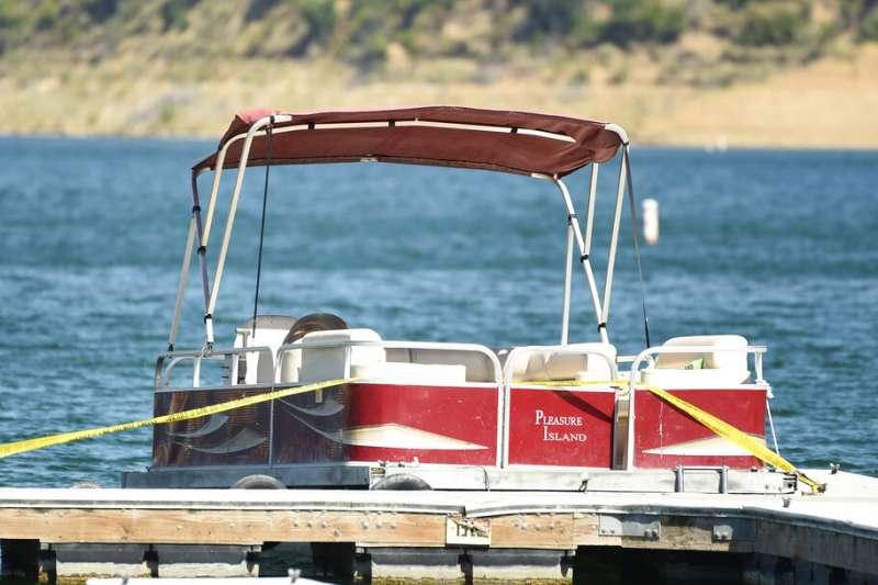 美國知名音樂喜劇影集「歡樂合唱團」演員娜婭里維拉7月8日帶著4歲兒子前往加州皮魯湖遊樂區度假,當天下午她卻離奇失蹤。(AP)