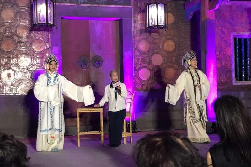 人間國寶廖瓊枝藝師親自於開幕活動中演出。(圖/新北市文化局提供)