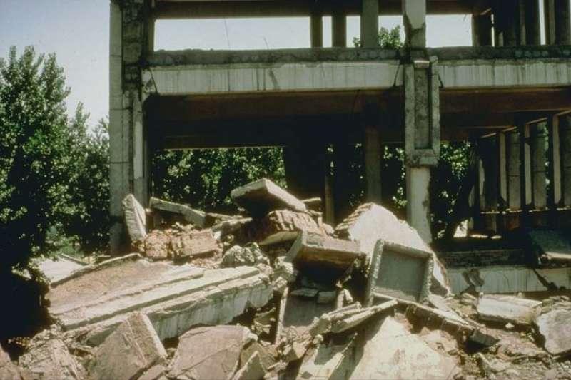 1976年7月28日凌晨3時42分53.8秒,中國河北省唐山市發生芮氏規模7.8的大地震(維基百科.公有領域)