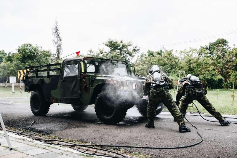 漢光36號演習首日舉行「生物疫病暨軍民醫療能量整合演練」,希望藉此提升應處、反應能量。(軍聞社提供)