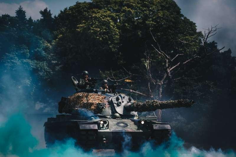 為強化我國後備軍人戰力,總統蔡英文日前指示國防部提升後備部隊配賦的武器類型,這份「清單」今(21)日有具體內容浮出水面。圖為CM11勇虎戰車。(資料照,取自軍聞社)