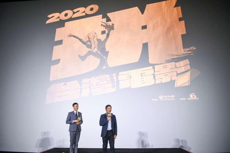 20200714-「台灣電影起飛大聯盟」14日舉辦成立記者會,文化部長李永得(右)出席並致詞。(台灣電影起飛大聯盟提供)